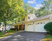 7601 Woodstown Dr, Springfield image