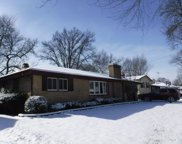 909 Sioux Drive, Elgin image