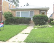5902 North Indian Road, Chicago image