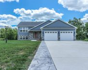10549 North Makeever Drive, DeMotte image