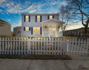 947 Avenue F, East Norfolk image