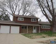 2713 S Williams Ave, Sioux Falls image