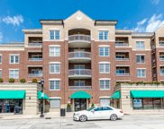 570 Crescent Boulevard Unit 410, Glen Ellyn image