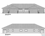 2618 E Meadowside Pl, Sioux Falls image