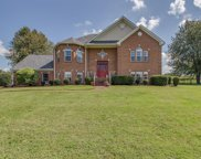 1031 Roundtree Dr, Gallatin image