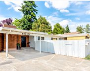 6613 S 28th Ave, Seattle image