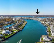 411 Captains Way, Neptune Township image