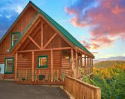 4654 Nottingham Heights Way, Pigeon Forge image