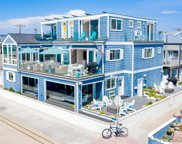702 Whiting Court, Pacific Beach/Mission Beach image