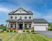 104 Featherdale Cir  Circle, Fayetteville image