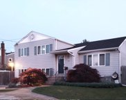 110 Udall  Road, West Islip image