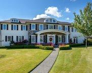 2147 Forest Grove  Dr, Campbell River image