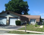 120 Golden Drive, Glendale Heights image
