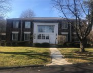 552 E FOX HILLS Unit 3, Bloomfield Twp image