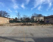 2827 West Touhy Avenue, Chicago image