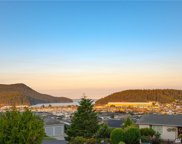 5104 Heather Dr, Anacortes image