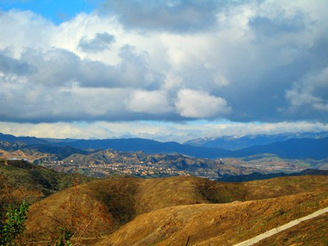 Winter skies in Santa Clarita Valley