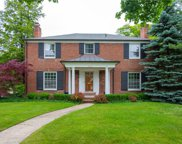 612 LAKELAND, Grosse Pointe image