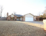 327 Bent Tree Drive, Midwest City image
