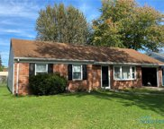 1749 Parkway, Maumee image