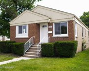 6557 North Troy Street, Chicago image