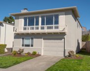 267 Edgewood Dr, Pacifica image