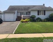 3620 Collector Ln, Bethpage image