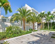 3520 Crystal View Ct, Miami image