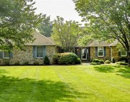 342 Woodmere Dr, St Charles image