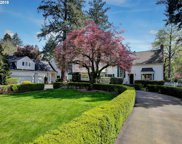 17512 LAKE HAVEN  DR, Lake Oswego image