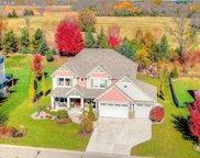 15 Leaf Wing Drive, North Oaks image