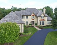 831 Hunter Lane, Lake Forest image