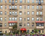 14 Chatsworth  Avenue Unit #4C, Larchmont image