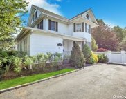 170 Berry Hill  Road, Syosset image