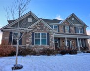 10016 Gainesway  Circle, Fishers image