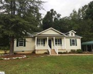 105 Lakeview Drive, Fountain Inn image