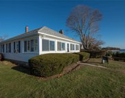 1400 Peconic Bay Blvd, Jamesport image
