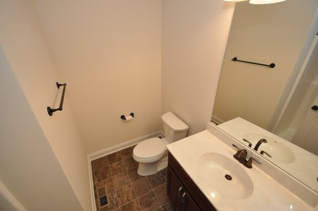 two bath units for rent