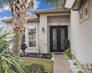 6216 Royal Palms Ct, Gonzales image