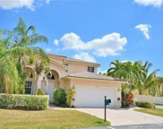 4633 Nw 94th Pl, Doral image
