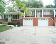 5709 France Avenue S, Edina image