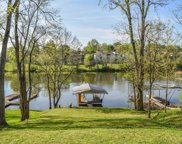118 LAKEVIEW DR., Hendersonville image