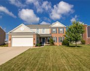 610 Hawk  Lane, Brownsburg image
