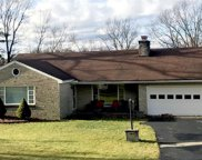 110 Thorncrest Dr, Penn Twp - BUT image