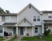20 Old Meadow Court, Livonia image