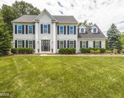 902 LEAFY HOLLOW CIRCLE, Mount Airy image