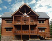 1112 Black Bear Cub Way, Sevierville image