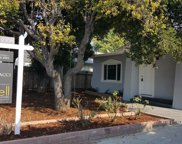 640 Hurlingame Ave, Redwood City image