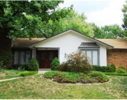 2170 Courtleigh, Chesterfield image