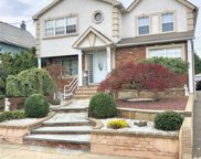 225 Rushmore Ave, Carle Place image